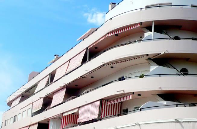 Hotel ubicado en la rambla de Atlántida
